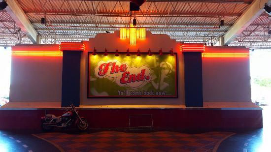 Muvico Broward 18 Theater