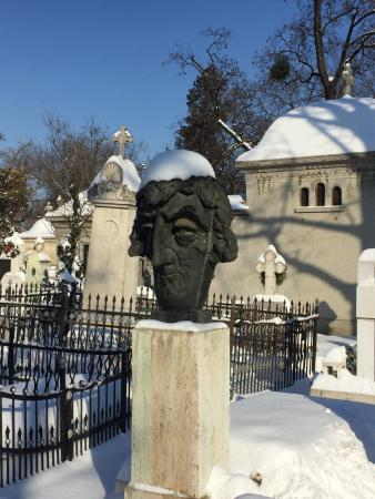 Bellu Cemetery : photo1.jpg