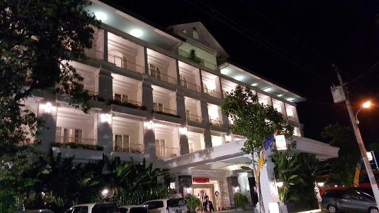 20160101 205413 large jpg picture of gallery prawirotaman hotel rh tripadvisor ie