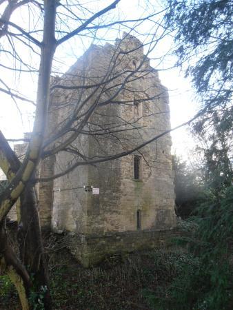 Beverston Castle: Castle exterior2