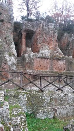 Sovana, Италия: tomba ildebranda 2