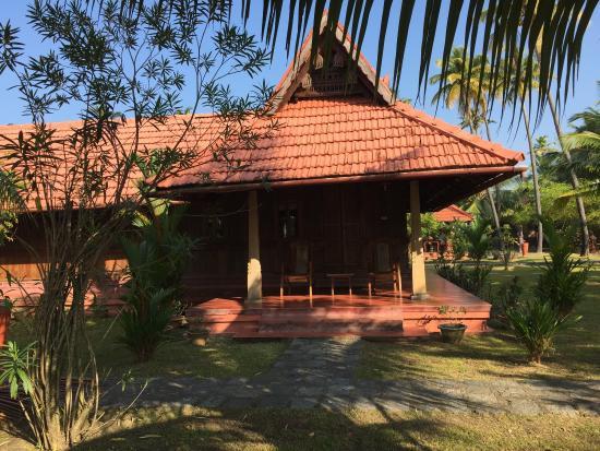 Entrance - Kondai Lip Backwater Heritage Resort Photo