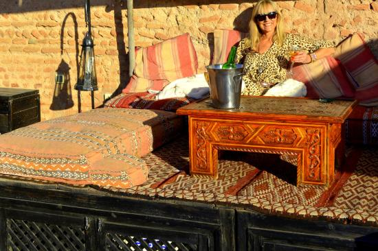 Riad Al Rimal: Roof top terrace, early evening relaxing