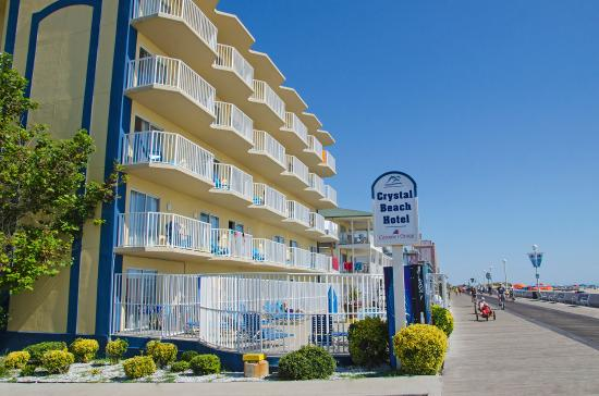 Crystal Beach Hotel: Boardwalk side of hotel