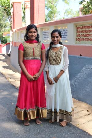 Sivagiri: beautifull clothing