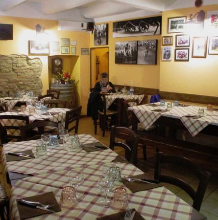 Inside Cane E Gatto Picture Of Osteria Cane E Gatto Siena