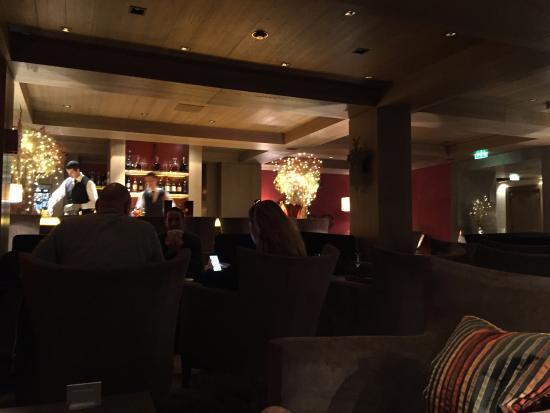 Le 1947 : The hotel bar