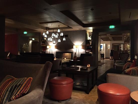 Le 1947 : Hotel bar