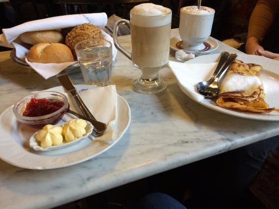 Cafe Sperl: colazione