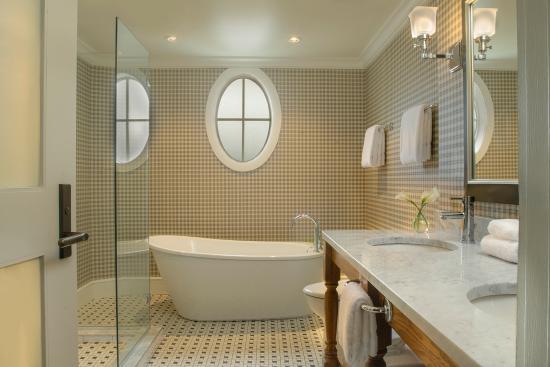 Manchester, VT: Bathtub