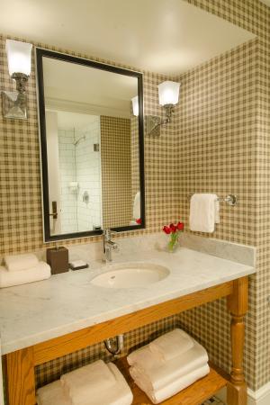 Manchester, VT: Bathroom