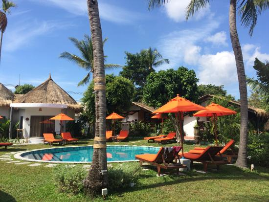 Secret Garden Beach Resort: piscina