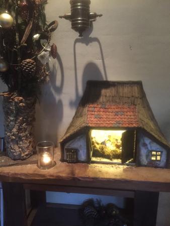 Hilvarenbeek, Nederland: Kerststal te bewonderen in het restaurant