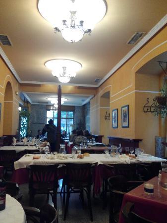 El jardin madrid centro restaurant reviews phone for El jardin restaurante madrid
