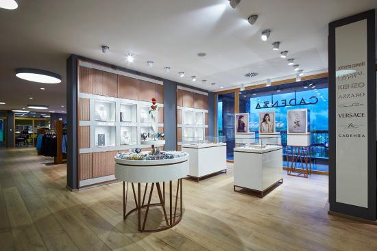 Achenkirch, النمسا: LustBOXX - Shoppingmeile