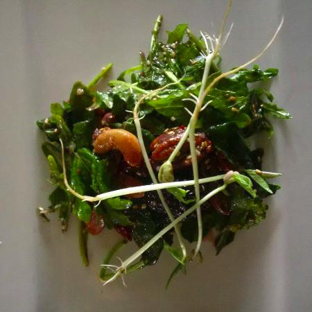 Bancroft, Canada: Salad
