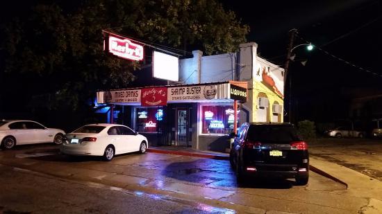 Herby-K's Restaurant : Outside