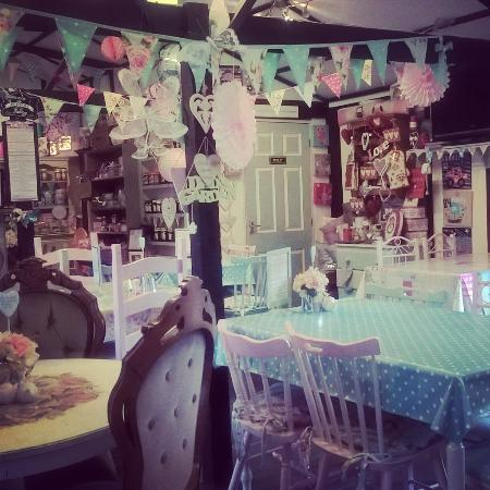 Great Yeldham, UK: Beautiful tearooms :)