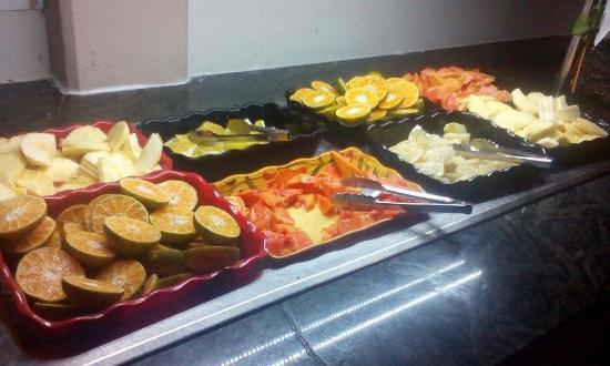 Vista Sol Punta Cana: Bőséges gyümölcsválaszték a vacsoránál és ebédnél is