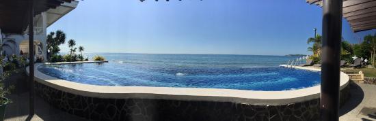 Pool Beach 4