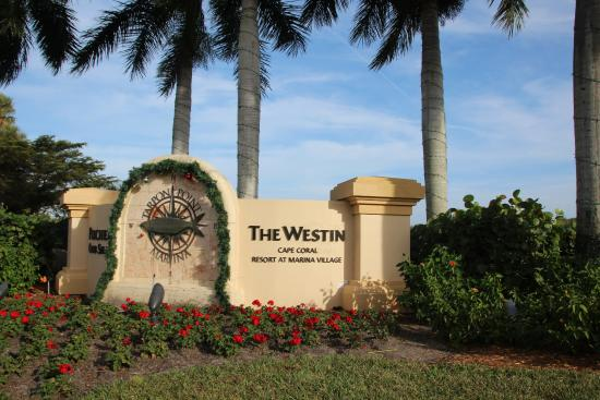 The Westin Cape Coral Resort At Marina Village: Entrance to Resort