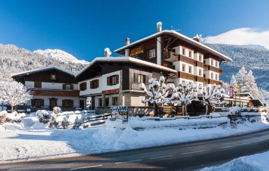 Hotel Edelweiss Bewertungen Fotos Preisvergleich Forni Di Sopra