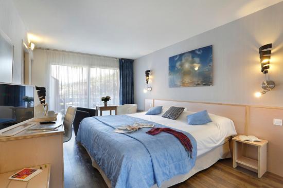 l 39 arc en ciel hotel thonon les bains france voir les tarifs et 448 avis. Black Bedroom Furniture Sets. Home Design Ideas