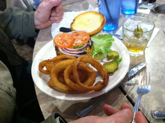 Franklin, WI: Burger and Onion Rings