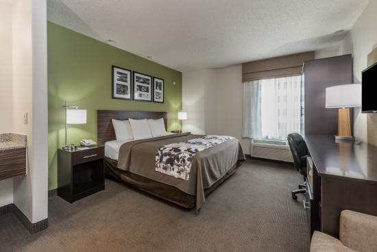 Baymont Inn & Suites Pueblo : King Room
