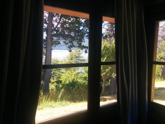 Hosteria Futalaufquen: Vista Habitacion Cabaña