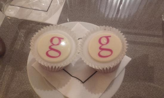 The g Hotel Galway: Complimentary cupcakes