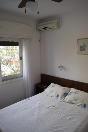 Hotel Dollar: Detalhe do quarto