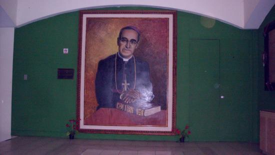 Centro Monsenor Romero: portrait
