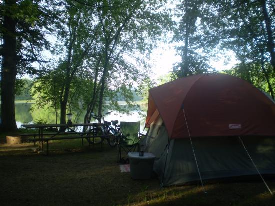 Fountain City, วิสคอนซิน: Riverside campsite
