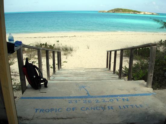Out Islands: Tropic of Cancer beach entrance