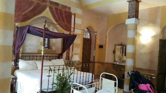 Al Moudira Hotel: 20160102_110416_large.jpg