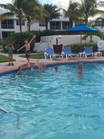 Bahama Beach Club: pool
