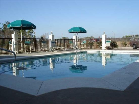 Moss Point, MS: pool