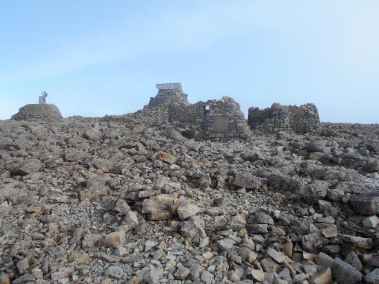 Ben Nevis: The old observatory