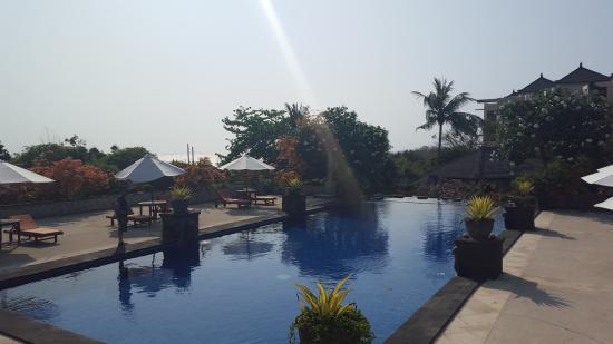 Sekar Nusa Villas : Der gorße Pool