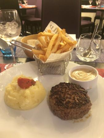 Lit photo de novotel paris suresnes longchamp suresnes tripadvisor - 7 rue du port aux vins 92150 suresnes ...