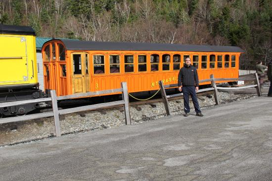 Kancamagus Highway : Trem para o cume do Mt. Washington