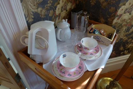 Devonport, New Zealand: Tea and coffee making facility