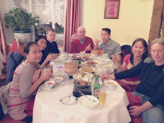 Mildenhall, UK: Khobkhun Family Pary
