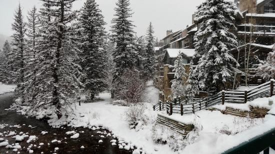 Vail Mountain Lodge: Vail Mtn Lodge in winter