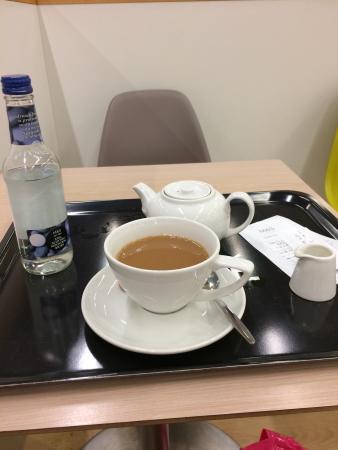 M&S Cafe