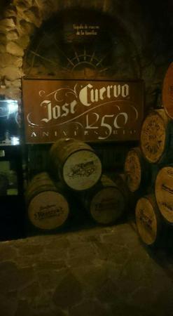 La Rojena - Jose Cuervo Distillery: FB_IMG_1452032013769_large.jpg