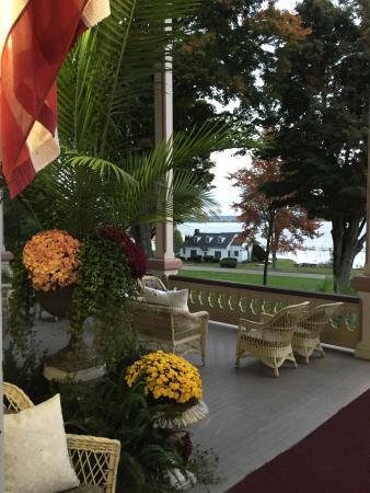 Chautauqua, estado de Nueva York: Relaxing porch
