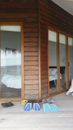Kuramathi: View of the room from the decking