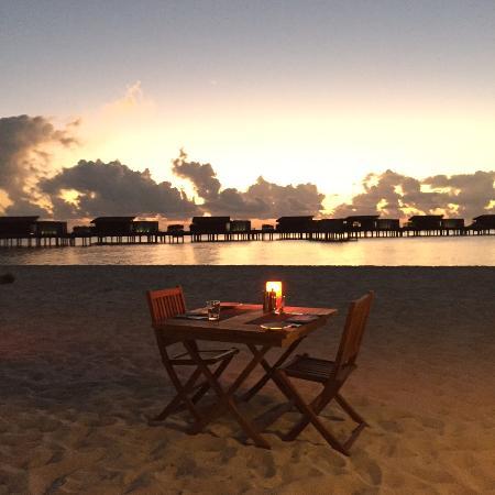 Park Hyatt Maldives Hadahaa: Beach Dinner